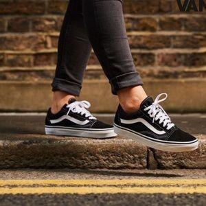 Vans Old Skool Low Too Sneakers 7.5 Wms 6 Men Shoe